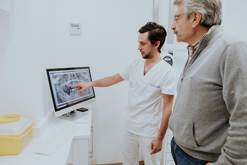 Morales Cervera lo último en implantología
