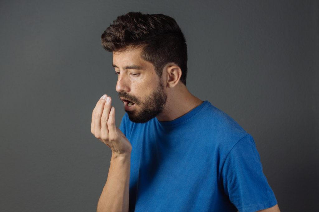 Consejos para combatir la halitosis o mal aliento