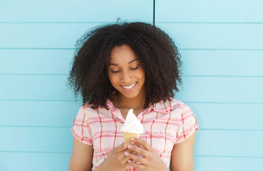 Cómo disfrutar de los helados y huir de la sensibilidad dental